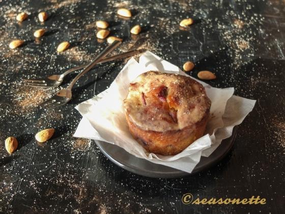 Pflaumen-Marzipan-Kuchen im Glas